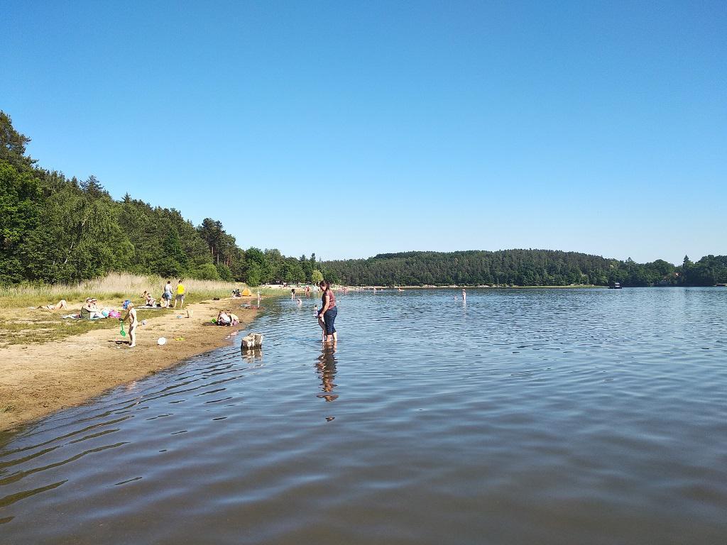 Bolevecké rybníky i Košutecké jezírko mají vodu vhodnou ke koupání